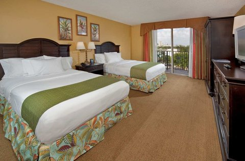 Embassy Suites Fort Lauderdale - 17th Street - 2 Double Beds NS Suite