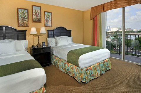 Embassy Suites Fort Lauderdale - 17th Street - Two Double Beds Suite NS