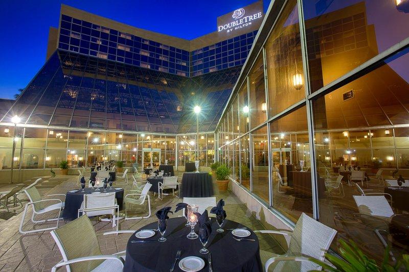 DoubleTree by Hilton Hotel Orlando Airport 餐饮设施
