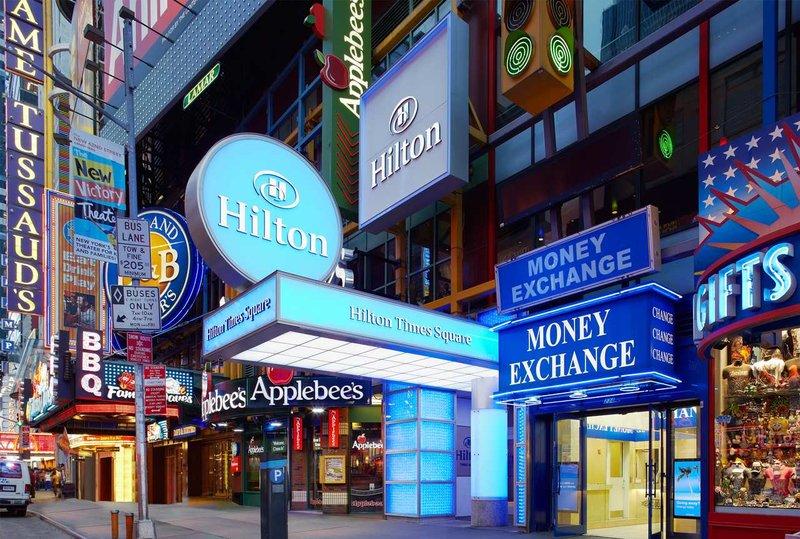 Hilton Times Square 外観