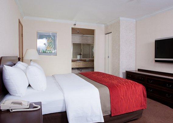 Comfort Inn Near Pasadena Civic Auditorium 客室