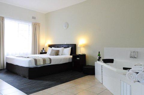 Sanctuary Resort - Australis Hotel Sanctuary Superior King Spa Room