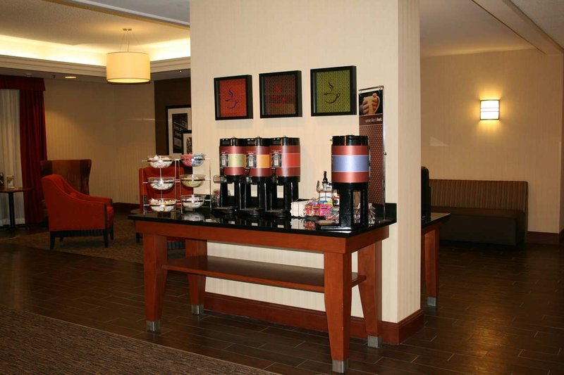 Hampton Inn St. Louis Southwest, MO 餐饮设施
