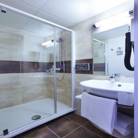Kyriad Paris Nord Gonesse Parc des Expositions - Bathroom