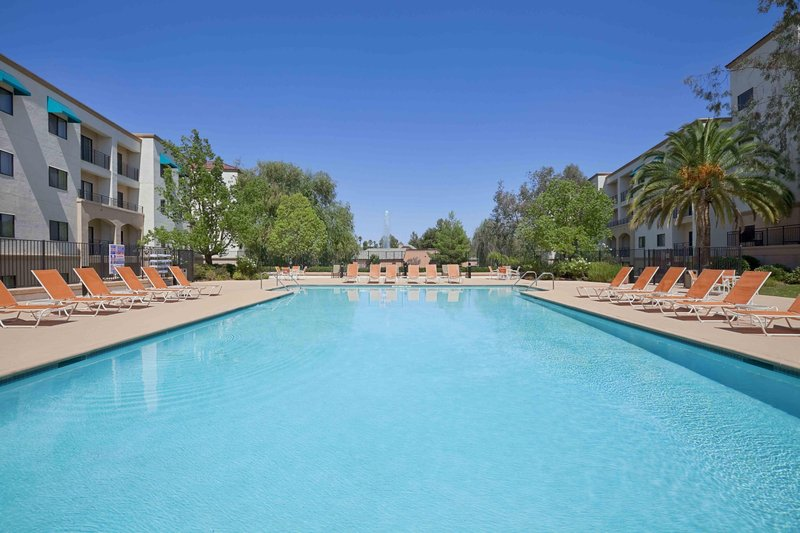 Embassy Suites by Hilton Temecula Valley Wine Country - Temecula, CA