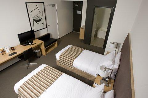 Chifley Doveton Hotel Dandenong - Chifley Doveton Deluxe Twin Room