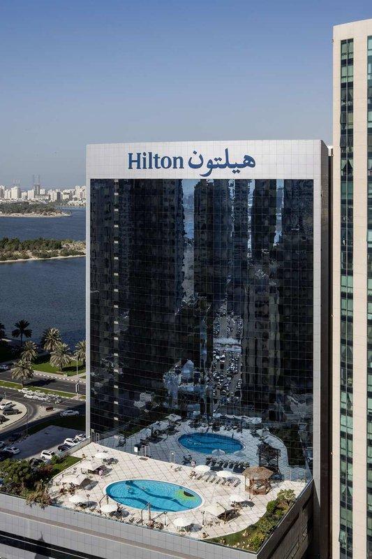 Hilton Sharjah Pohled zvenku
