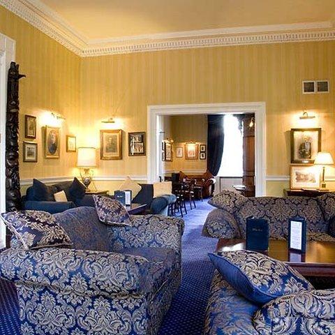 皇家苏格兰俱乐部饭店 - The Royal Scots Club Edinburgh Lounge
