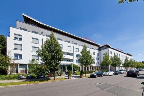 Novum Hotel Aviva - Exterior