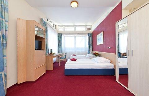 Novum Hotel Aviva - Room