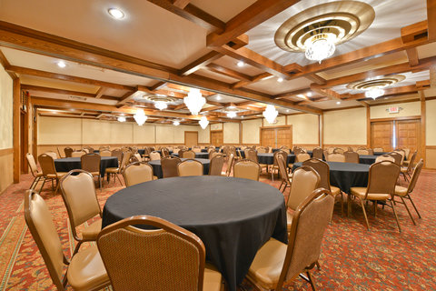 BEST WESTERN Prairie Inn & Conference Center - Ballroom