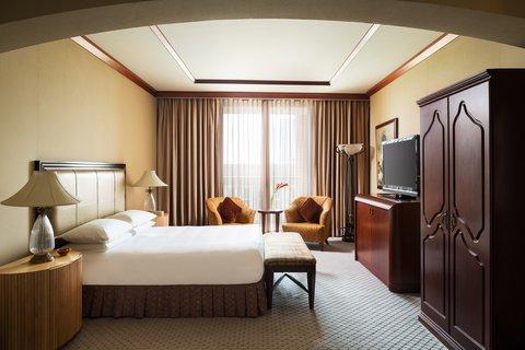 فندق الفيصلية - Presidential Suite Bedroom