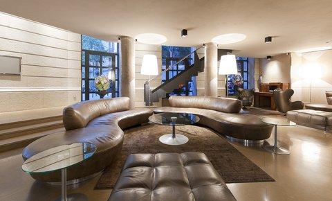 فندق كلاريس جي إل - Claris Lobby