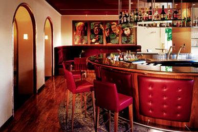 Dom Hotel - Bar