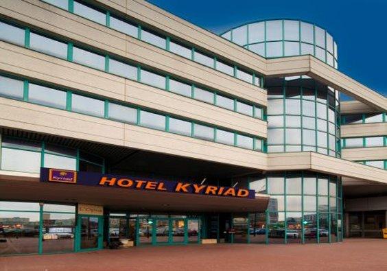 Hotel Kyriad Massy - Opera Außenansicht
