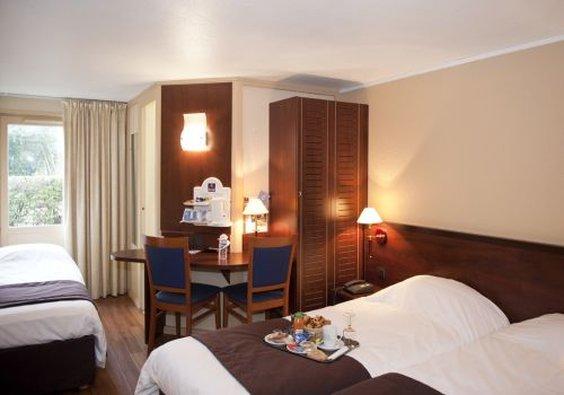 Hotel Kyriad Orleans Sud Olivet la Source Zimmeransicht