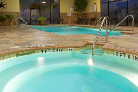 Holiday Inn Hotel & Suites BEAUMONT-PLAZA (I-10 & WALDEN) - Whirlpool
