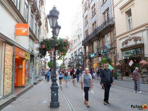City Hotel Matyas - Vaci Street