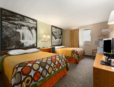 Super 8 Sioux Falls SD - Standard Double Room