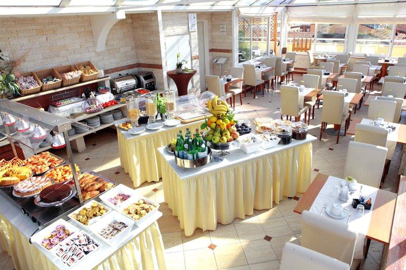 Hotel EXE Domus Aurea Gastronomia