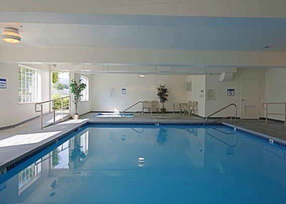 Woodland Inn & Suites - Woodland, WA