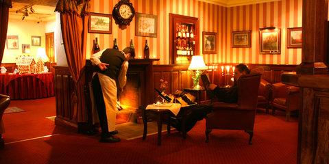 Harvey's Point Hotel - Bar Lounge