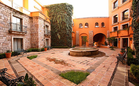 Quinta Real Zacatecas - Courtyard