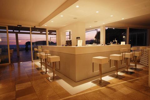 Hotel El Faro - bar panoramic