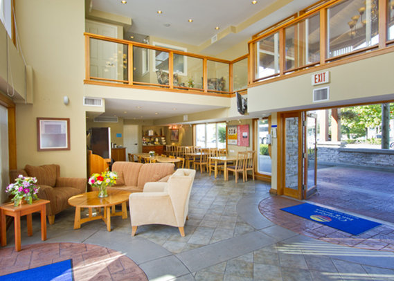Comfort Inn & Suites Hala