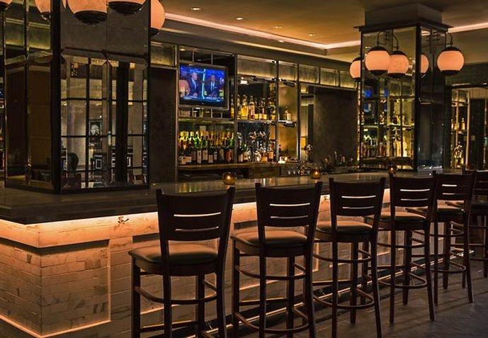 Renaissance Mayflower Hotel Bar/lounge