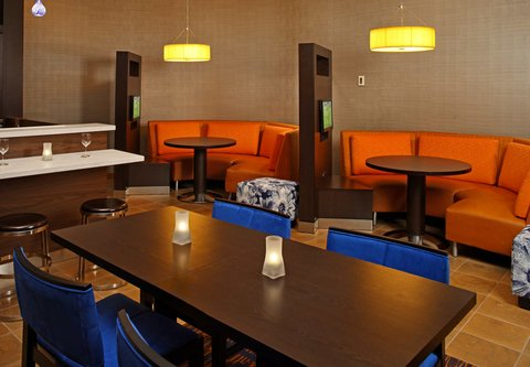 Courtyard By Marriott Downtown Baltimore Hotel - Media Pods