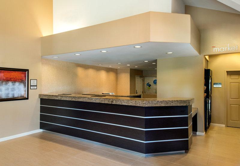 Residence Inn Palm Desert Lobby