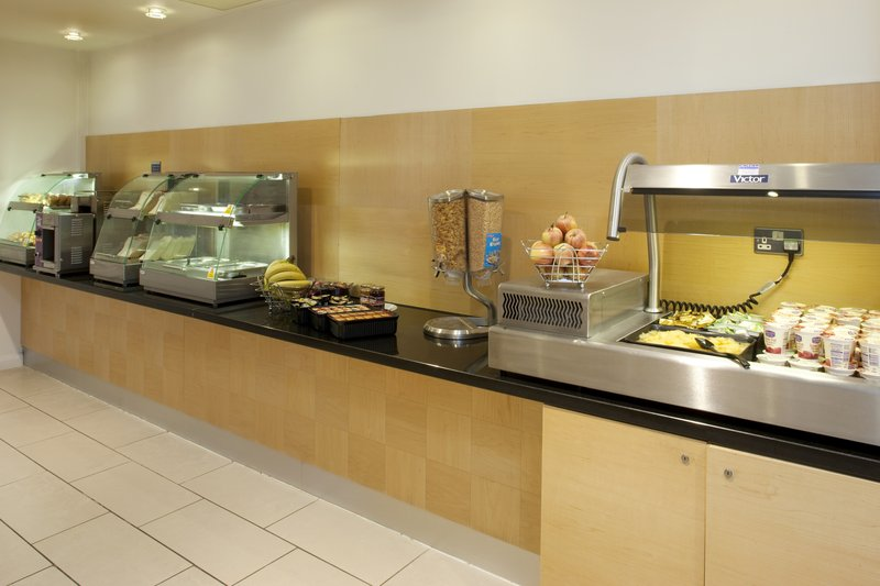 Holiday Inn Express Leeds-Armouries Gastronomie