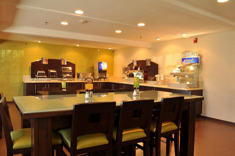 Holiday Inn Express Mission Bay Sea World Area Ristorazione