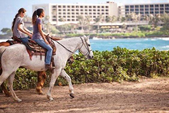 Horseback_rides_p
