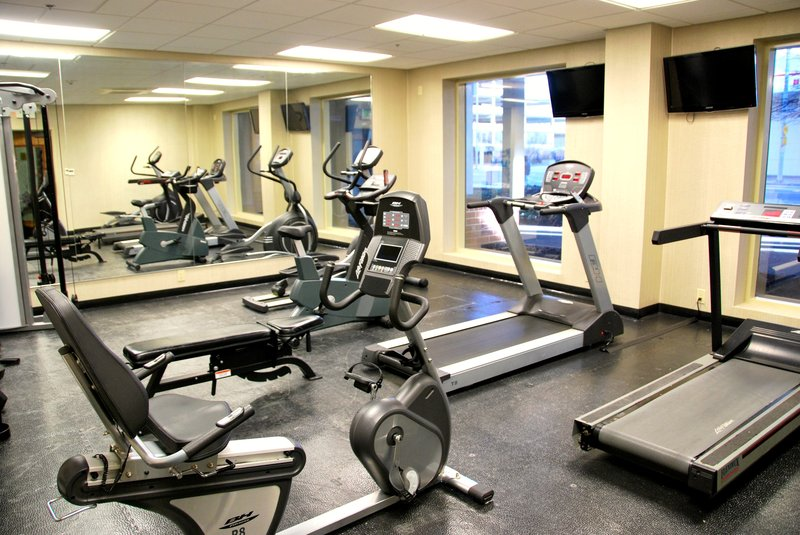 Crowne Plaza Hotel  Dayton Fitness Club