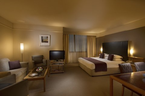 Stamford Plaza Adelaide - Junior Spa Suite