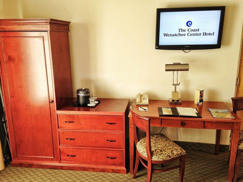 Coast Wenatchee Center Hotel - Wenatchee, WA