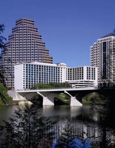 Radisson Hotel & Suites Austin Downtown - Exterior