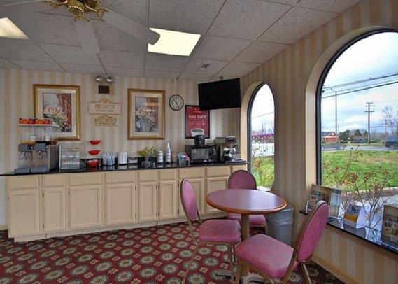 Econo Lodge - Chesapeake, VA
