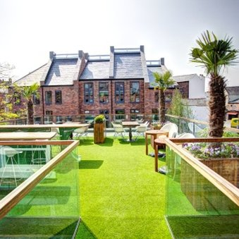 Oddfellows Chester Hotel - Grown Up Bar Terrace