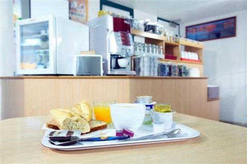 Premiere Classe Biarritz - Breakfast Room