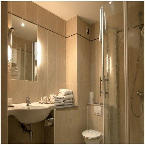 Hotel Kyriad Sete Balaruc - Bathroom
