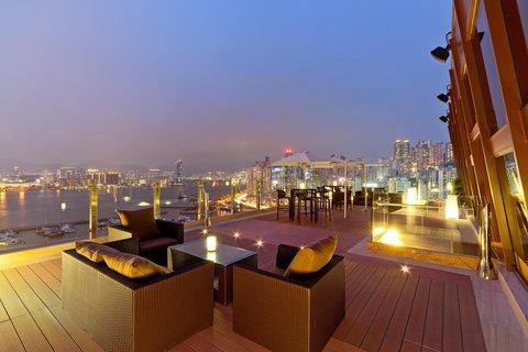 香港柏宁铂尔曼酒店 - RIVA and The Deck - Outdoor View
