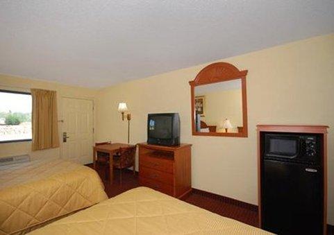 Comfort Inn Van Buren 前厅