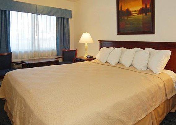 Quality Inn Trailside Inn Suite