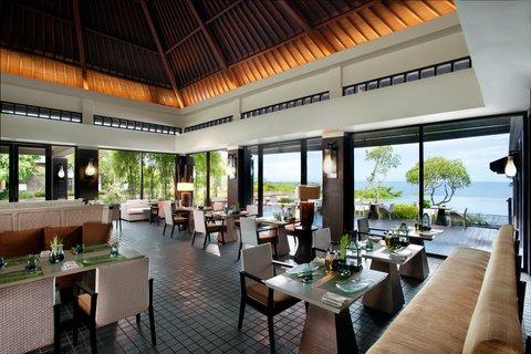 بانيان تري أونغاسان - Bambu Restaurant