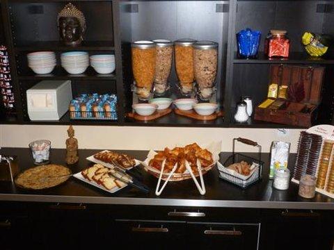 Kyriad - Caen Sud IFS - Buffet Breakfast