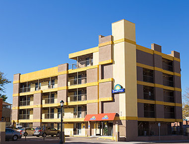 Econo Lodge Downtown - Welcome to the Days Inn Denver