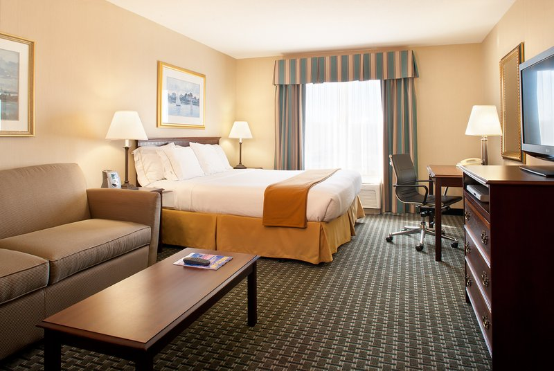 Holiday Inn Express MIDDLETOWN/NEWPORT - Middletown, RI